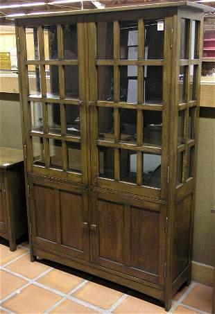 Arts & Crafts style Oak China cabinet