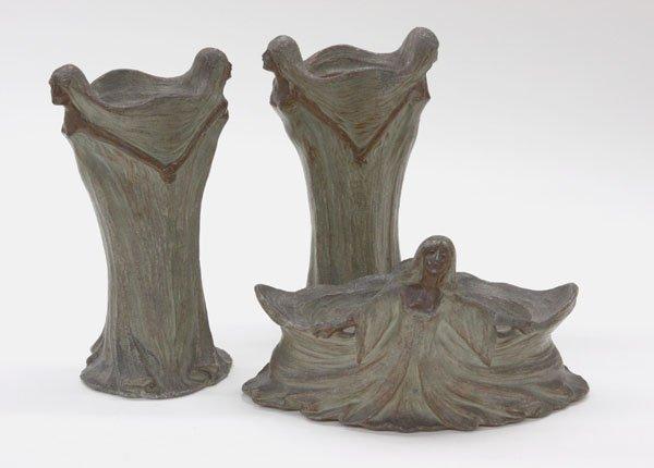17: Art Nouveau patinated metal jardiniere