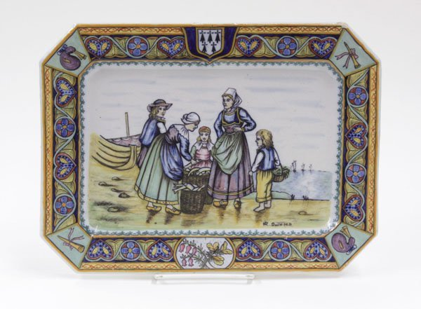 6015: Quimper faience tray 19th century