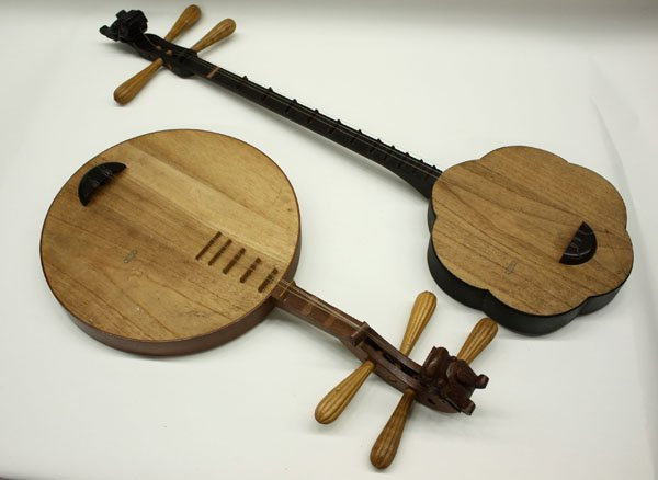 4159: Chinese qinqin stringed instrument