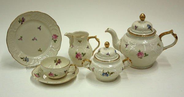 2070: Rosenthal porcelain tea set Sanssouci
