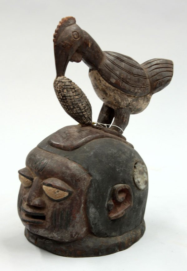6022: Wood carved mask Gelede Yoruba Nigeria