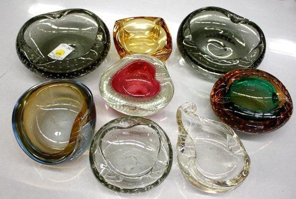 4015: vintage art glass ashtrays Murano