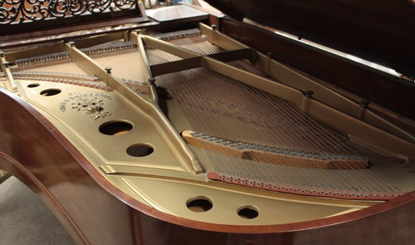 6064: Chickering & Sons grand piano, Model 119 - 4