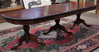 6223: Regency style mahogany dining room suite