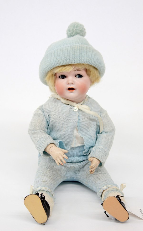17: Circa 1910 Hertel, Schwab & Co doll