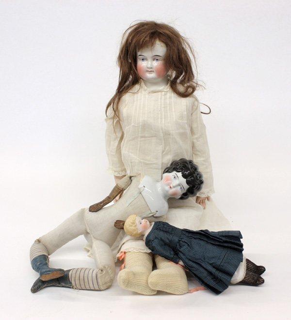 23: Biedermeier wigged china head doll