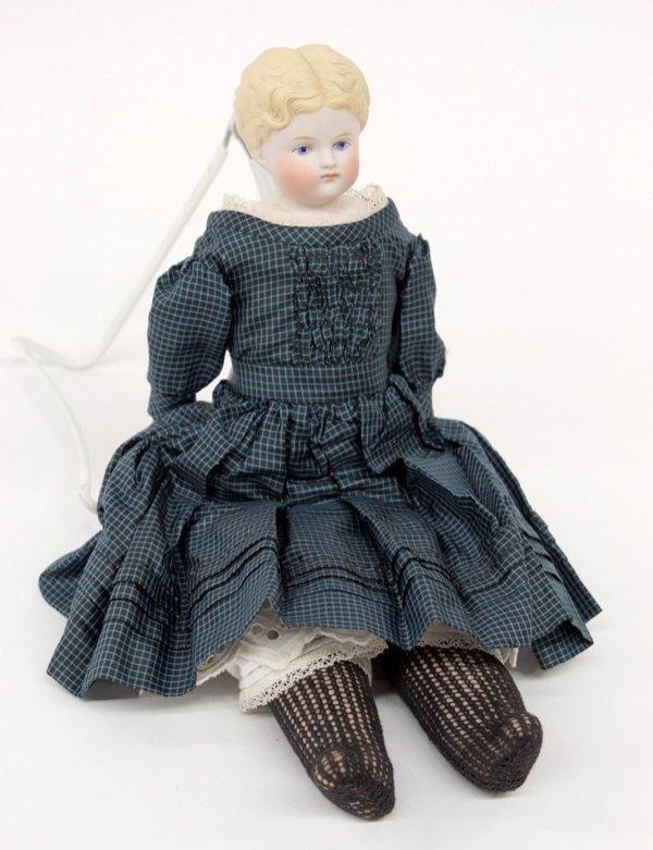 23: Biedermeier wigged china head doll - 5