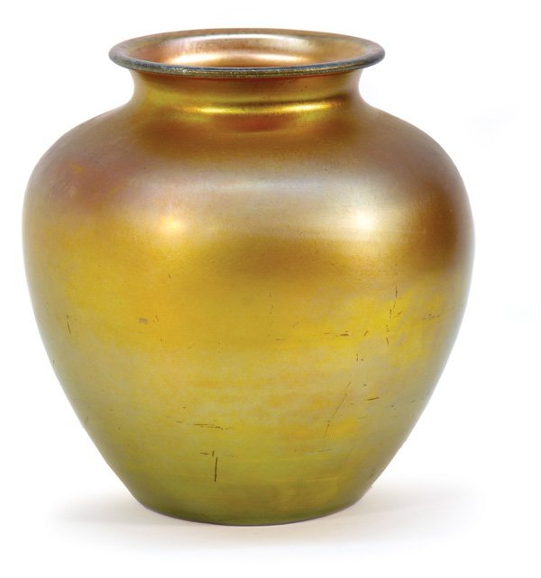 6020: Steuben gold aurene art glass vase