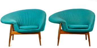 A pair of Hans Olsen lounge chairs