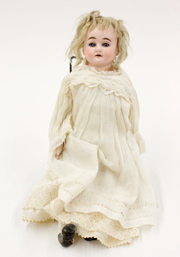 14: Cuno and Otto Dressel bisque shoulder plate doll