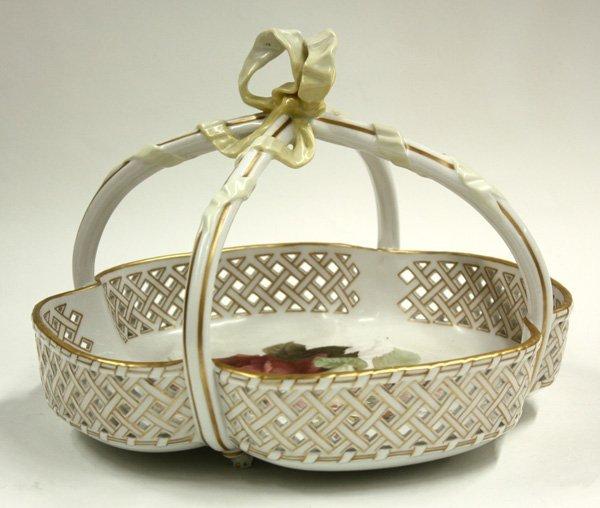 6010: KPM Berlin porcelain reticulated bowl/basket