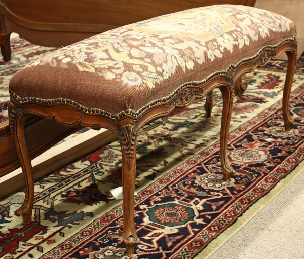 6019: Louis XV style 1920's bench