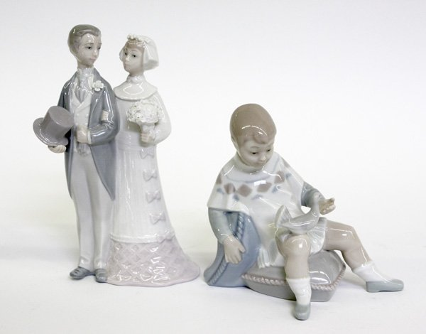 4013: lladro figural groups, bride and groom