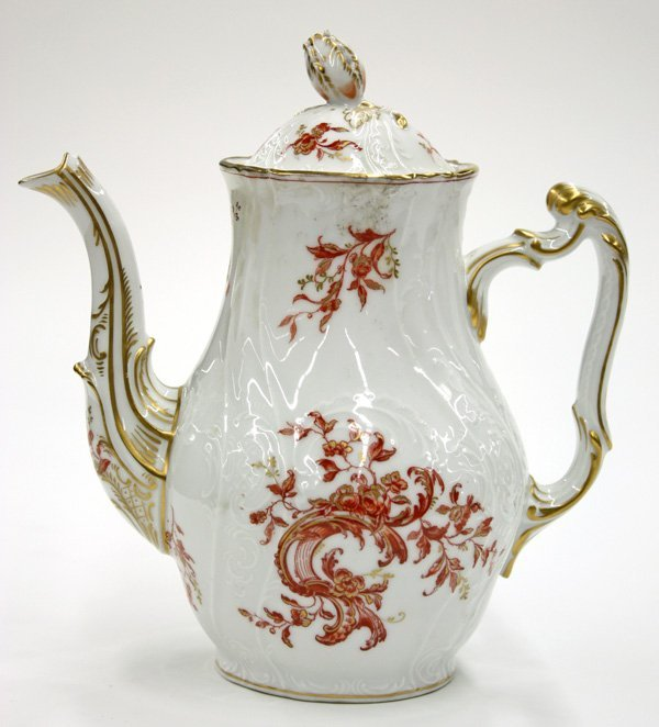 6012: Teapot, Porcelain 19th century Continental