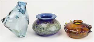 (lot of 3) Art glass group