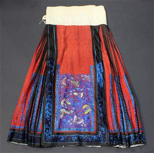 Chinese woven red ground skirt