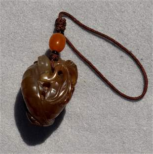 Chinese agate toggle