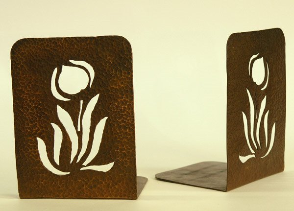 11: Arts & Crafts bookends
