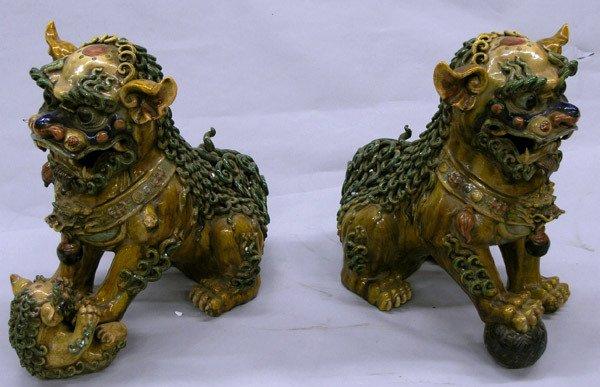 150: Fu dogs in ceramic