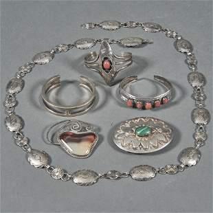 (6) Southwest silver jewelry: belt buckle, concha belt,