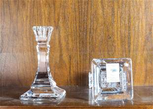 (lot of 2) Tiffany & Co. pair crystal candlesticks