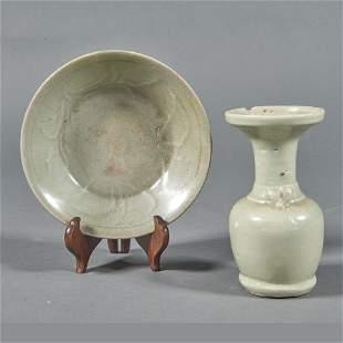 (lot of 2) Chinese celadon glazed ceramic wares