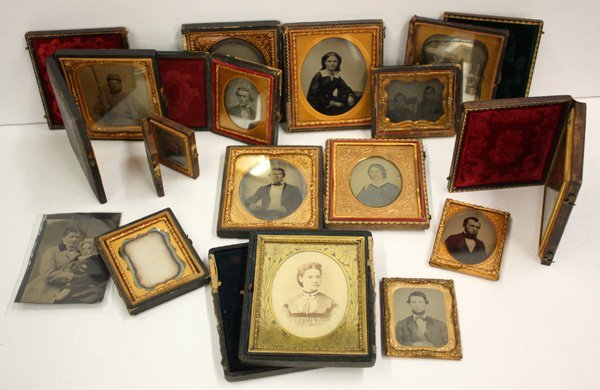 4773: Lot of ambrotypes and daguerrotypes