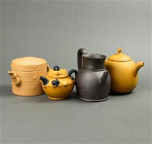 (lot of 4) Chinese Yixing teapots