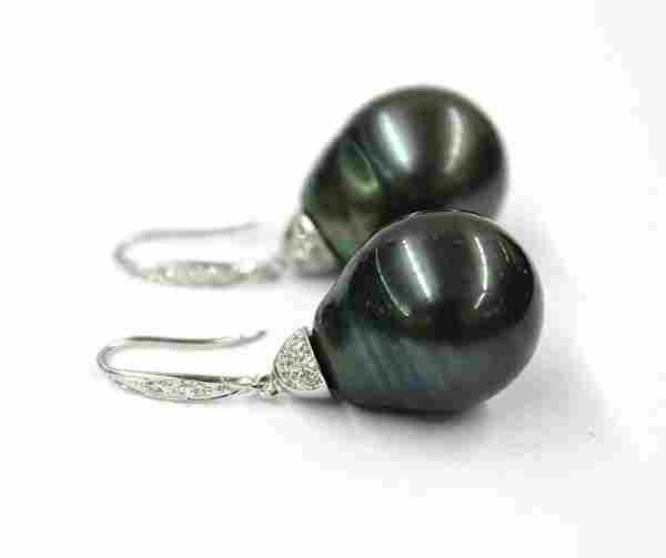 Tahitian South Sea Pearl diamond earrings white g