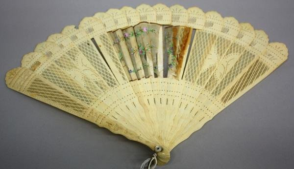 1: Carved Ivory/Bone Reticulated Fan