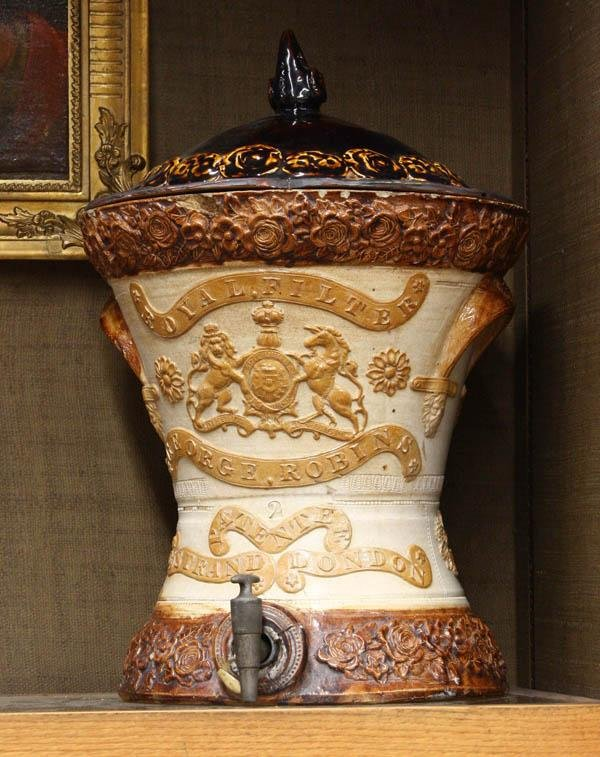 6005: Royal Stoneware 2 Gallon Water Filter