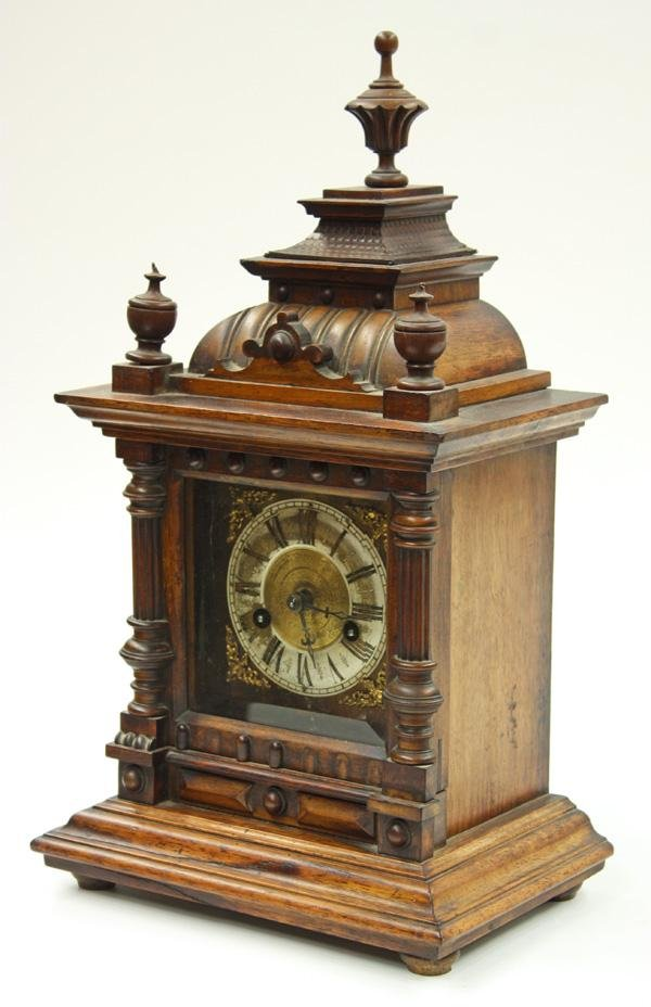6020: Continental Carved Mantle Clock