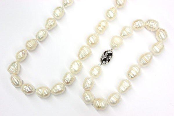 2379: Cultured pearl baroque necklace bracelet