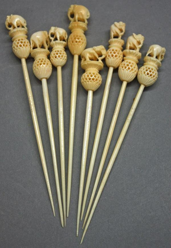 3: Carved Ivory Cribbage Board 'Pins'
