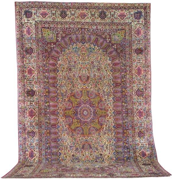 105: Kirmanshah Palace carpet