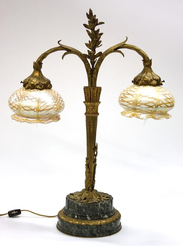 6021: Quezal Art Glass Student Lamp