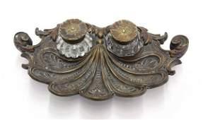 4117: Victorian bronze inkwell