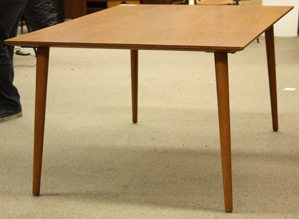 4165: Thonet bentwood dining chairs and table