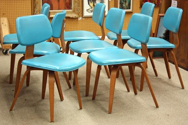 4165: Thonet bentwood dining chairs and table - 2