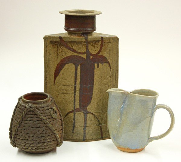 2011: American studio pottery
