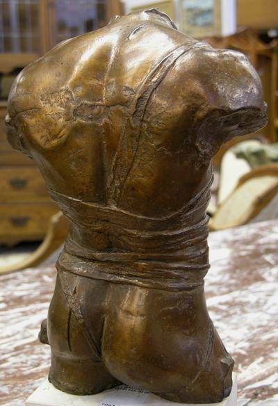 2427: Bronze torso, Igor Mitoraj - 4