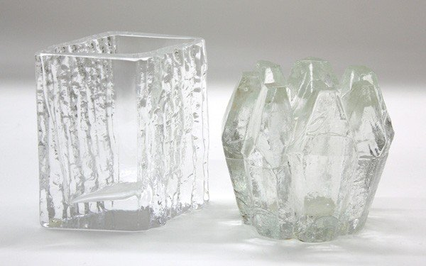 6007: Scandinavian clear glass vases