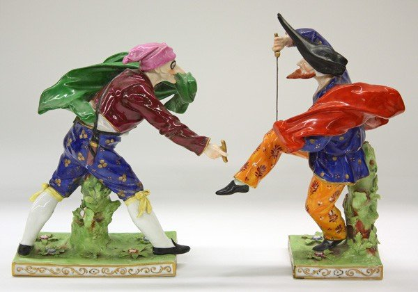 6025: Capodimonte commedia dell arte porcelain figures - 2