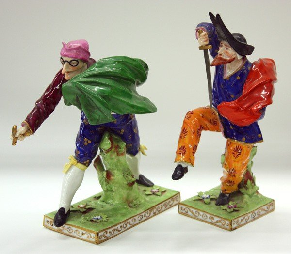 6025: Capodimonte commedia dell arte porcelain figures - 3