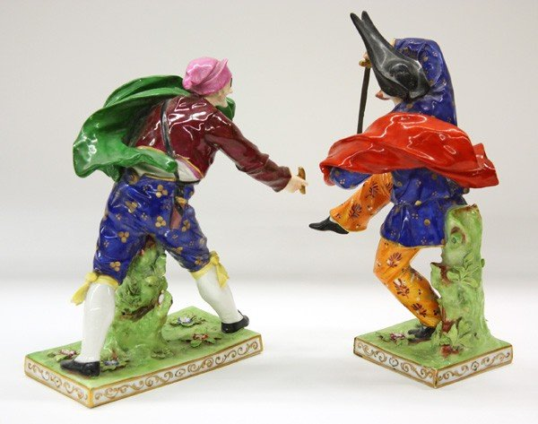 6025: Capodimonte commedia dell arte porcelain figures - 4