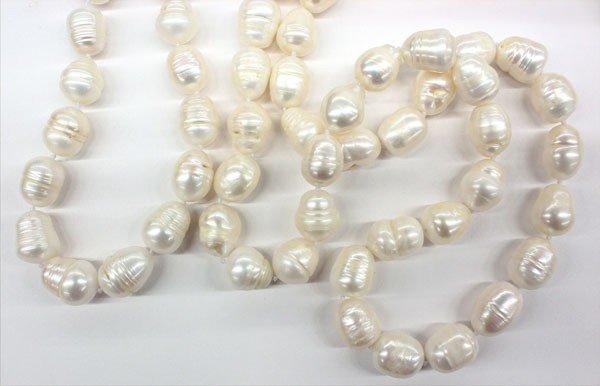 4680: Cultured pearl baroque necklace bracelet