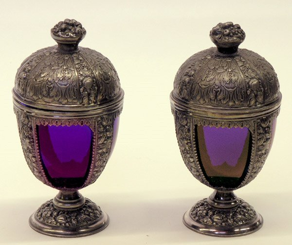 10: Urns with cobalt inserts