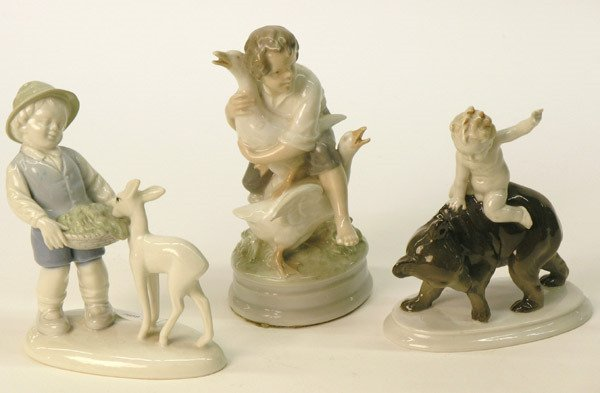 22: Continental porcelain figurals