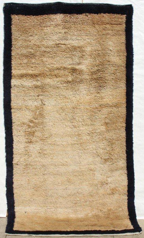 2000: Tulu plain field carpet